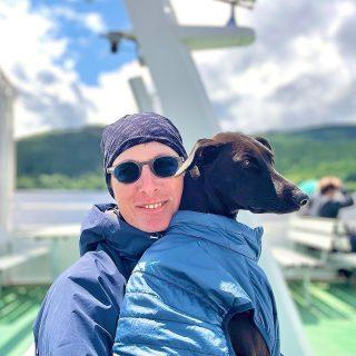 Me and the little one …. #dog#bardino #rescuedog #shelterdog #dogphotography #dog_features # #hundefotografie #hundeliebe #hund #tierfotografie #bestwoof #tier_fotos #lanzarote #spanienhund #bestdogever #dogsofinstagram #hunde #hundeportrait #freundaufvierpfoten #podenco #lovemydog #naturephotography #podencomix#galgo #galgomix #schluchsee #blackforest #schwarzwald #mannheim